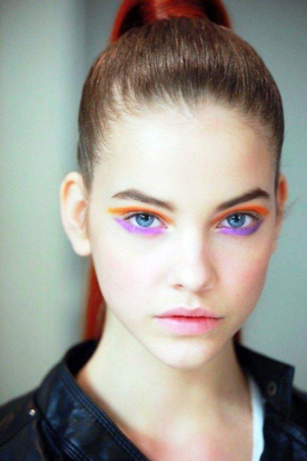яркий макияж, девушки с ярким макижем