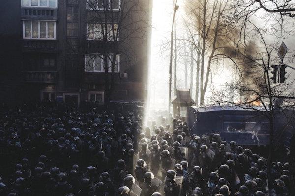 """Culture of the Confrontation"" , Maxim Dondyuk. Первое место в категории ""Фотожурнализм""."